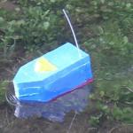 夏休みの宿題的なノリで作った自作ラジコン船の紹介